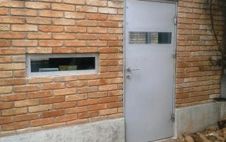 caixilhos blindados porta com vidro
