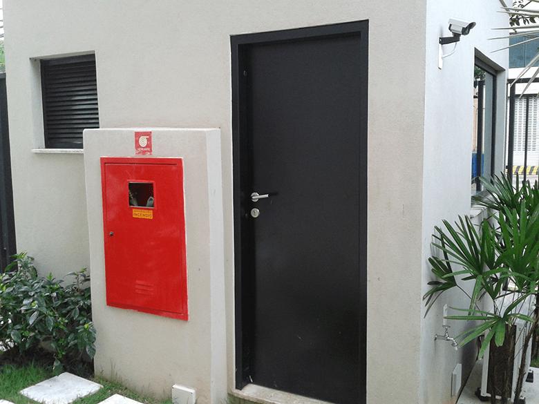 caixilhos blindados porta