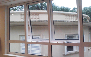 vidro blindado janela basculante